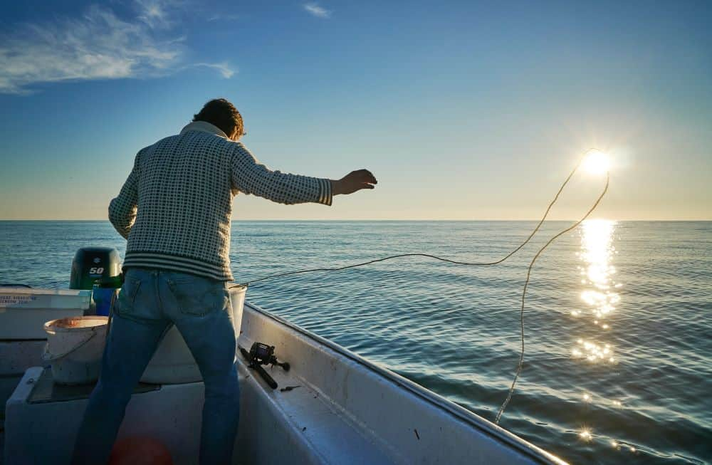 How to Stay Warm on a Boat (9 Simple Tips)