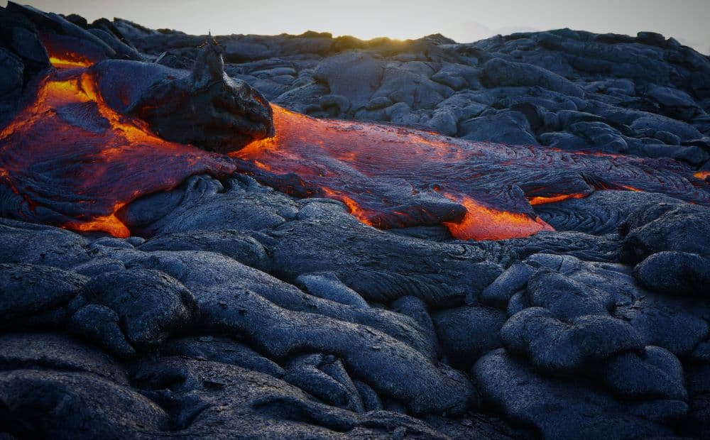 Does Lava Rock Hold Heat?